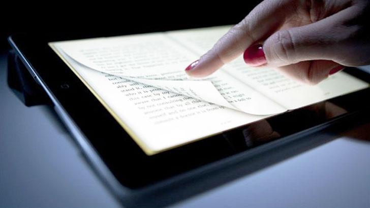 タブレット、スマートフォンで楽しめる電子書籍で手軽に読書